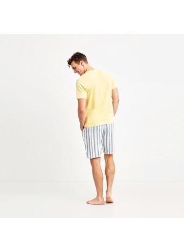 Nautica Nautica M135SORTTK.SAR Üstü Pamuk V Yaka Tişört Altı Çizgili Çok Renkli Şort Erkek Pijama Takımı Sarı